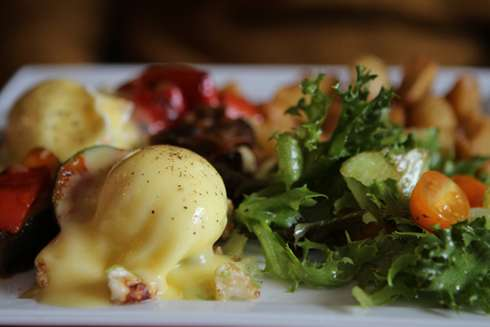 la recolte montreal brunch eggs benedict